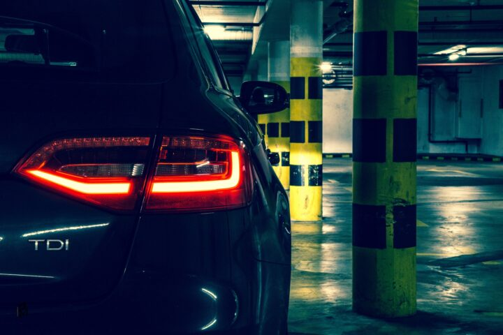 Cena opravy aut po krupobiti a autopreliačin